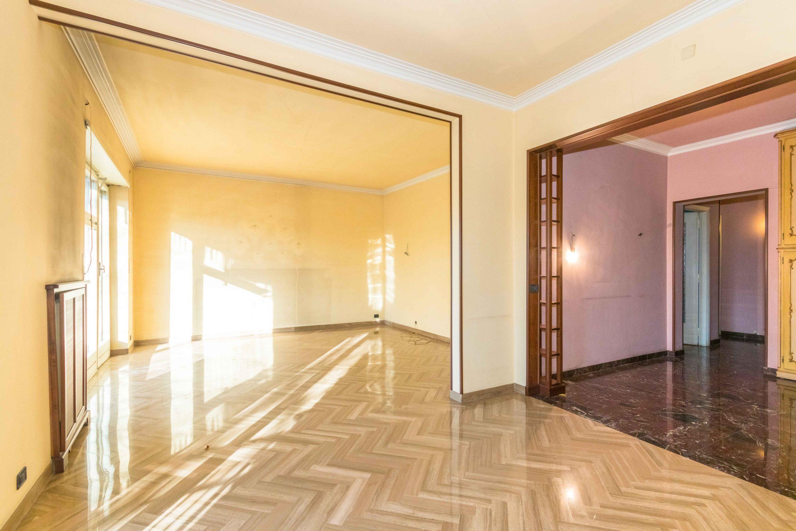 Quadrilocale in vendita in corso Casale 272, Torino.